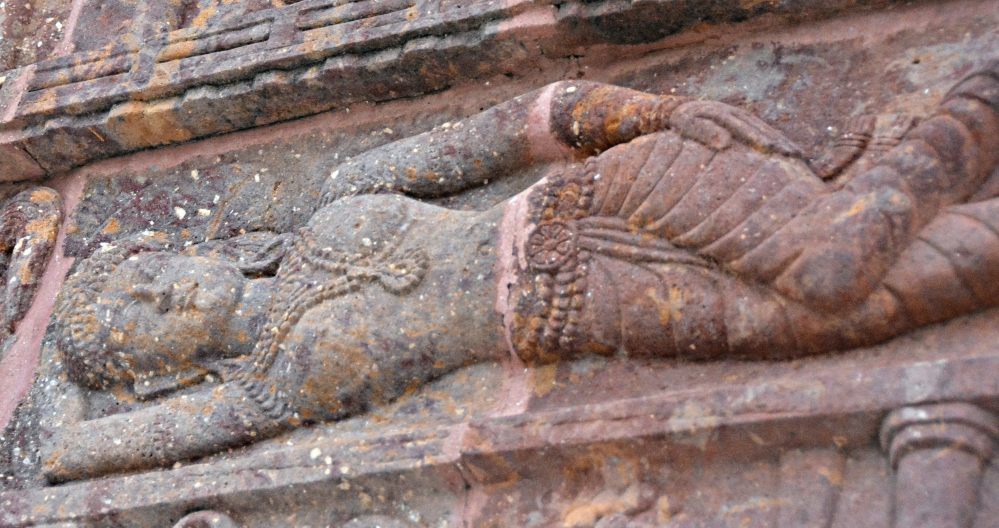 DSC_4496_TempleCarving_Cropped.jpg